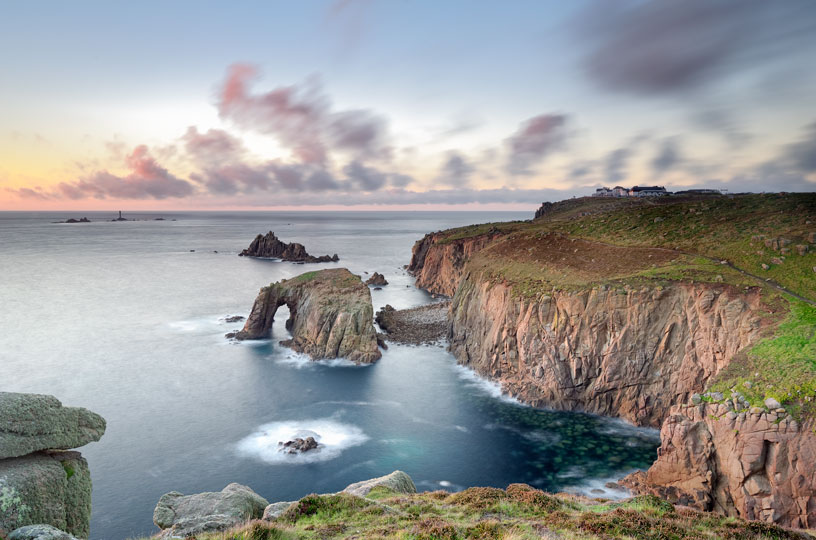 Enys Dodnan Arch, Lands End Cornwall