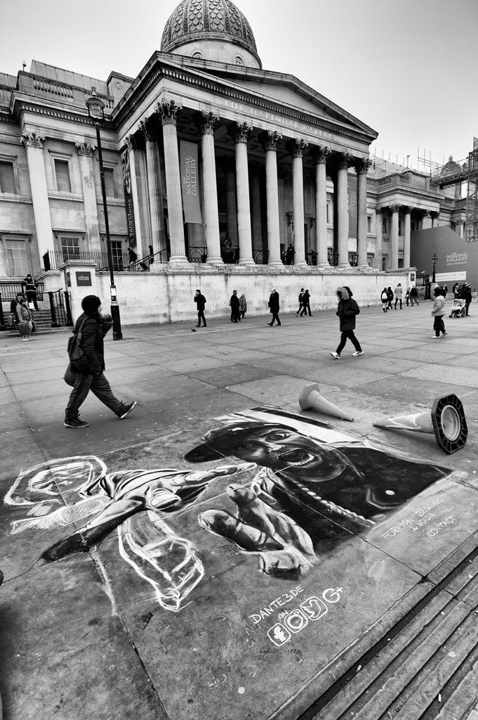 Trafalgar Square Street Art Dante3de